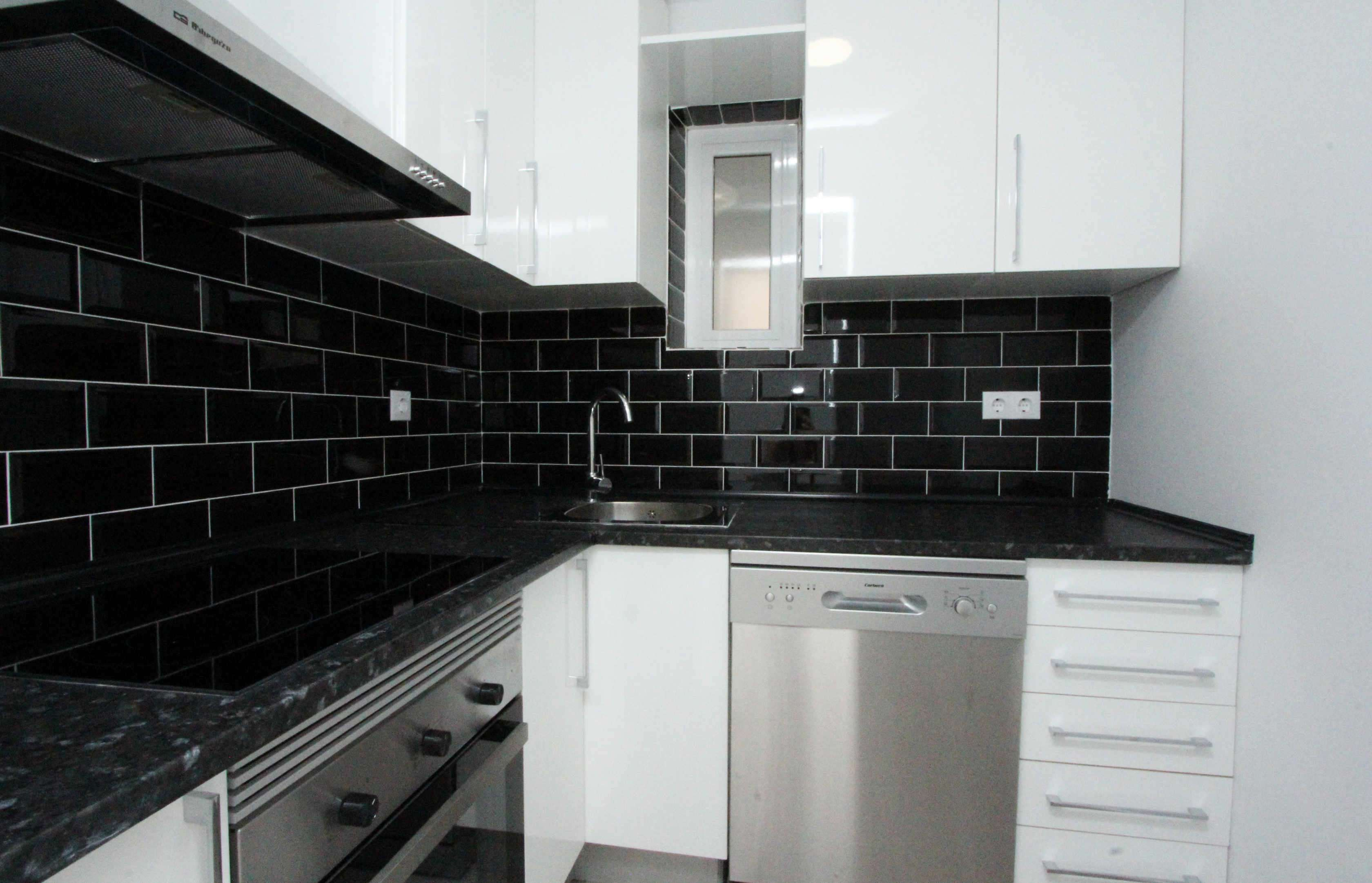 Bright three bedroom flat at Clot, Barcelona