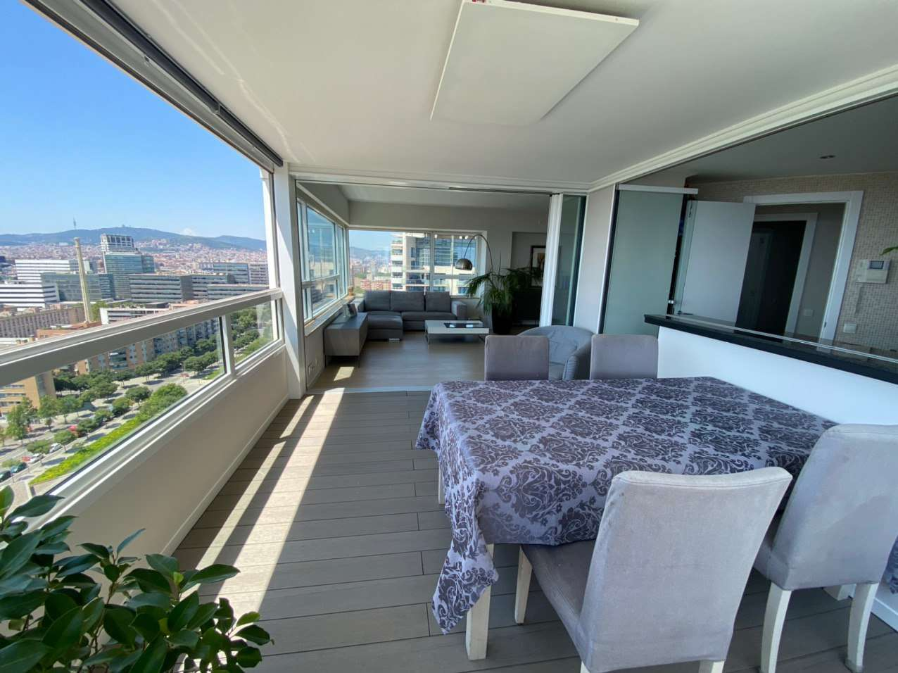 Exclusive apartment with stunning sea views