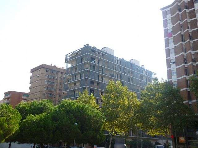 Comfortable flat with pool at Sant Marti district, Barcelona