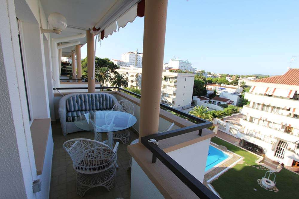 Duplex penthouse in the centre of Sitges with pool