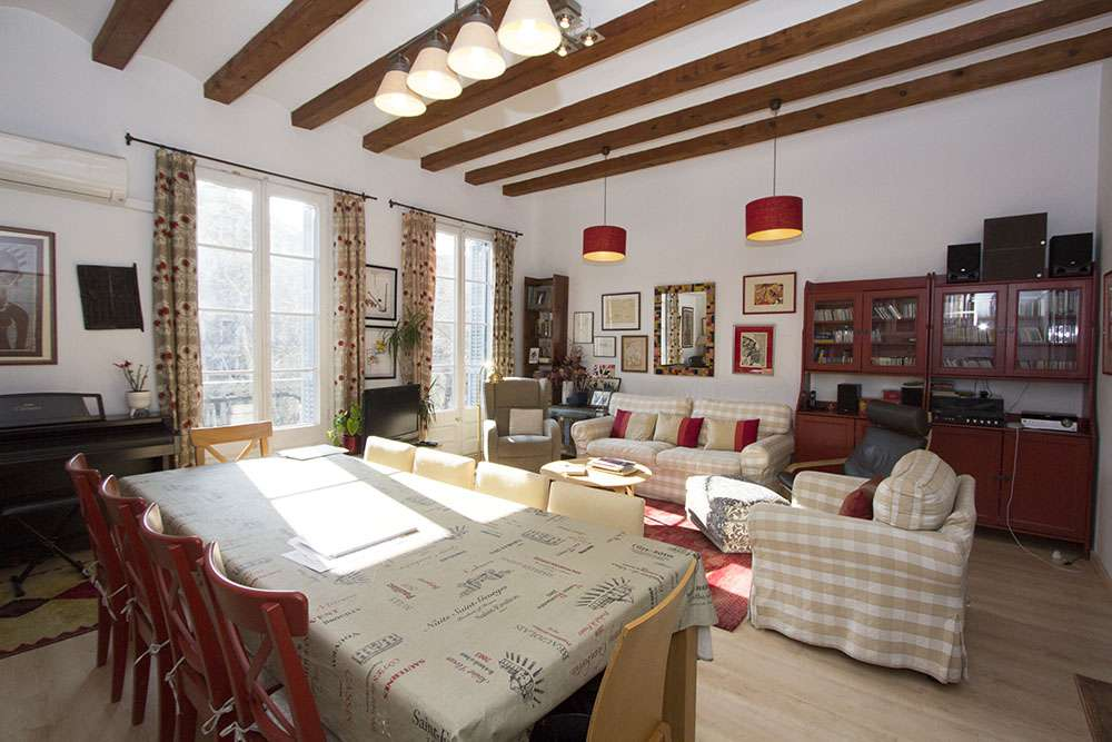 A lovely flat in Eixample