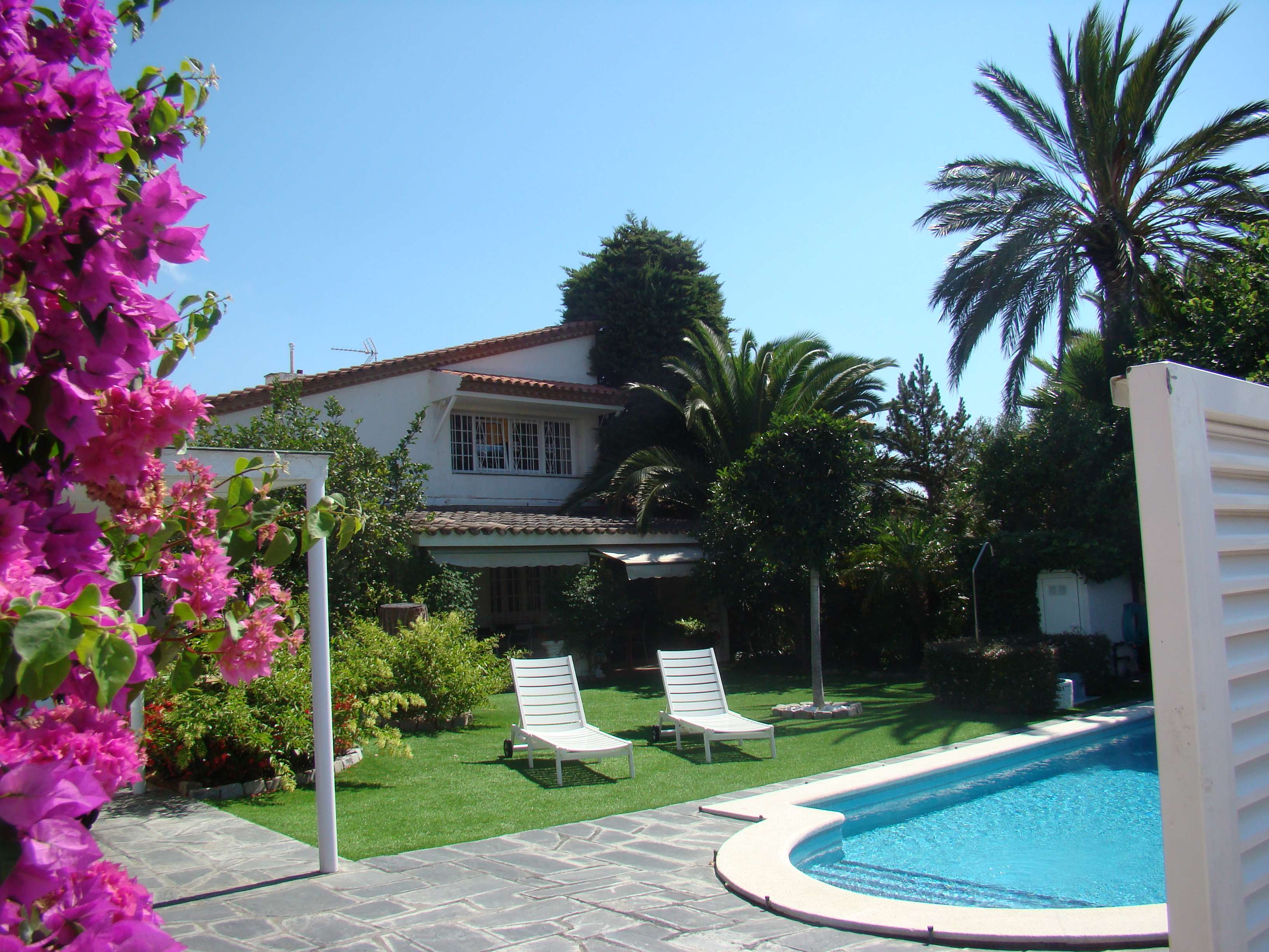Cozy house with a swimming pool in Vilafortuny,  Costa Dorada
