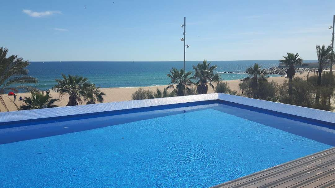 Penthouse with a sea view in Badalona