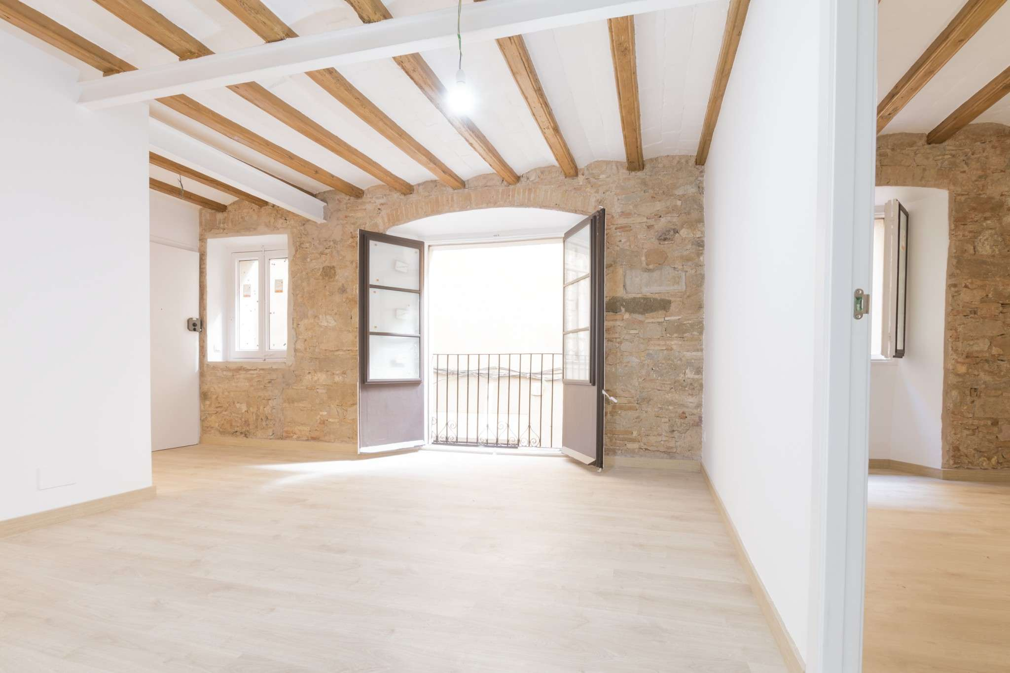 Brand new apartment in el Gotico!