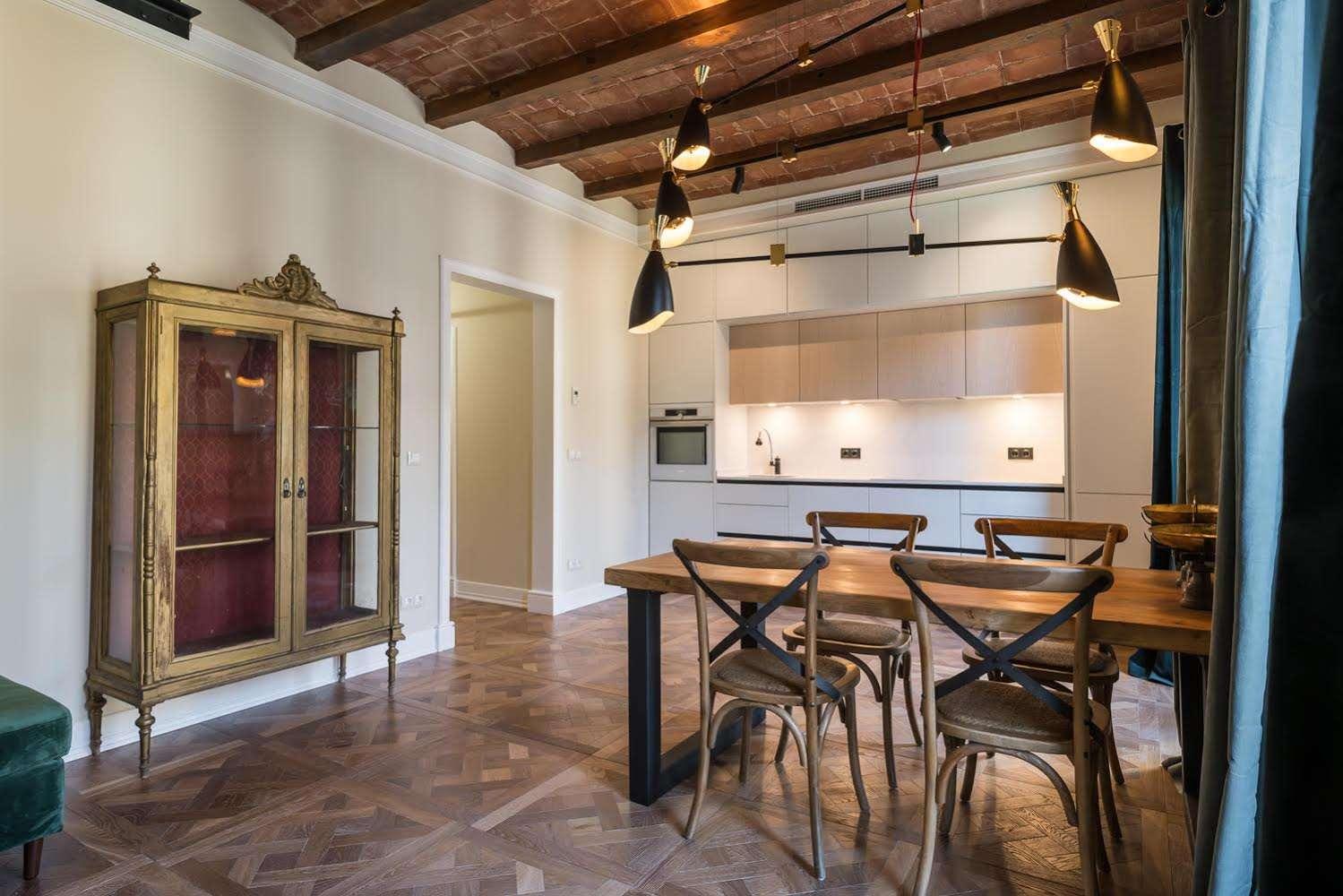 Designer flat with balcony, Eixample Izquierdo