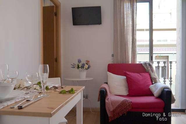 Barceloneta apartment with balcony