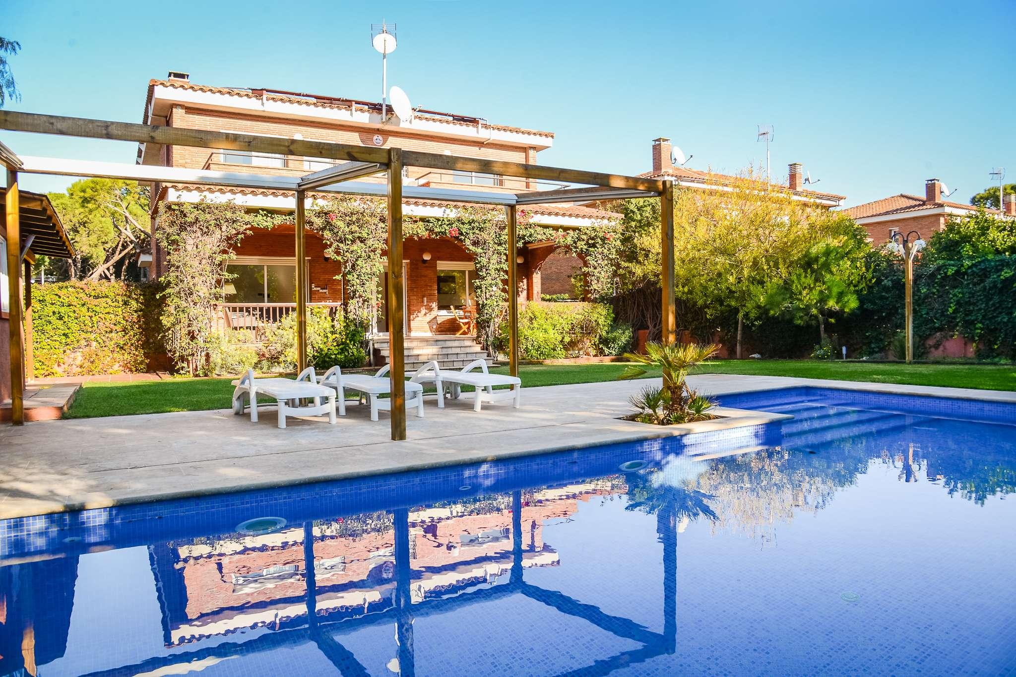 Recently refurbished villa in Gava Mar,  Barcelona coast