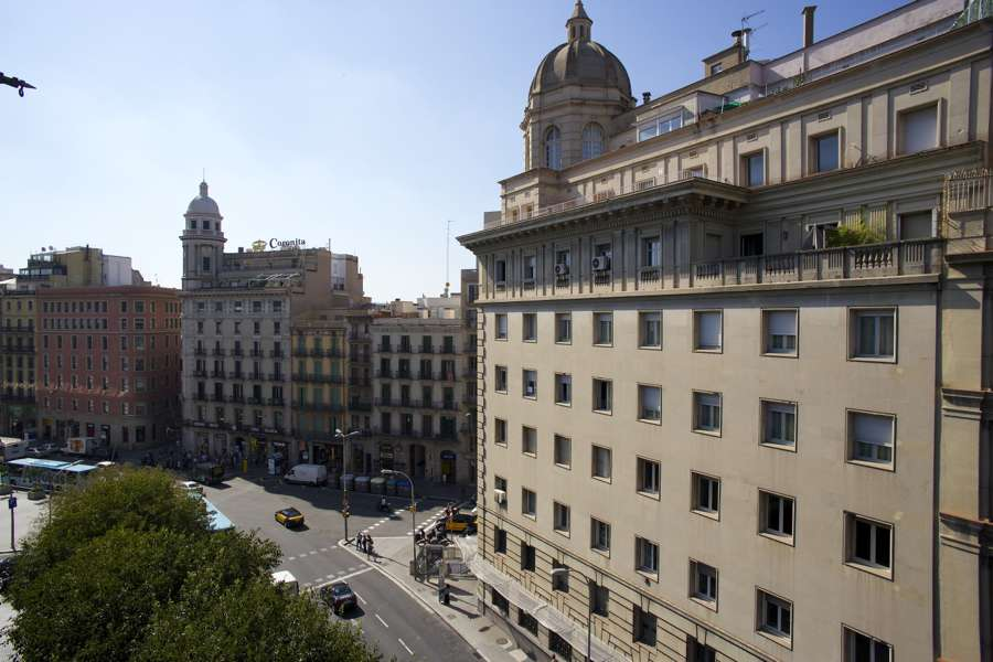 Apartment with tourist licence on Pl. Catalunya