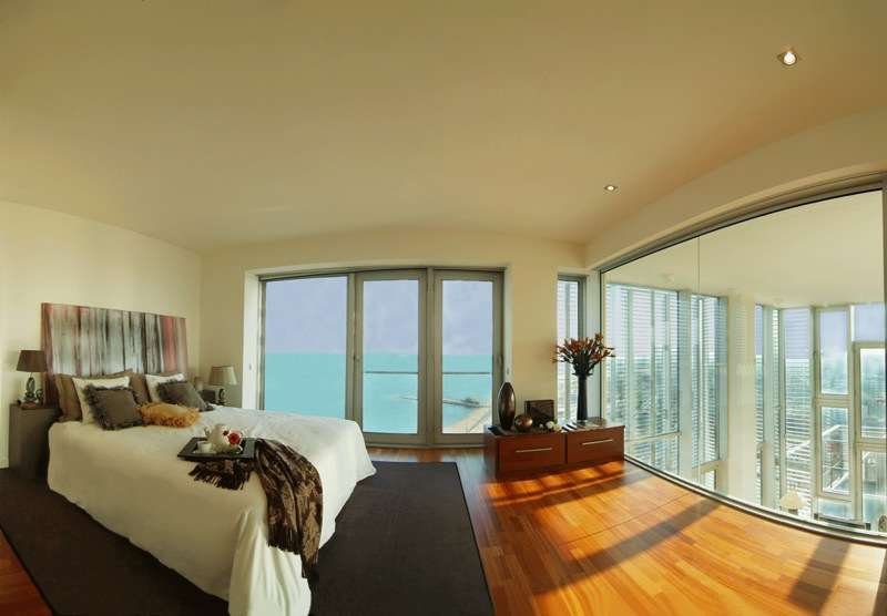 Penthouse in an elite residential complex, on the first line of the sea.