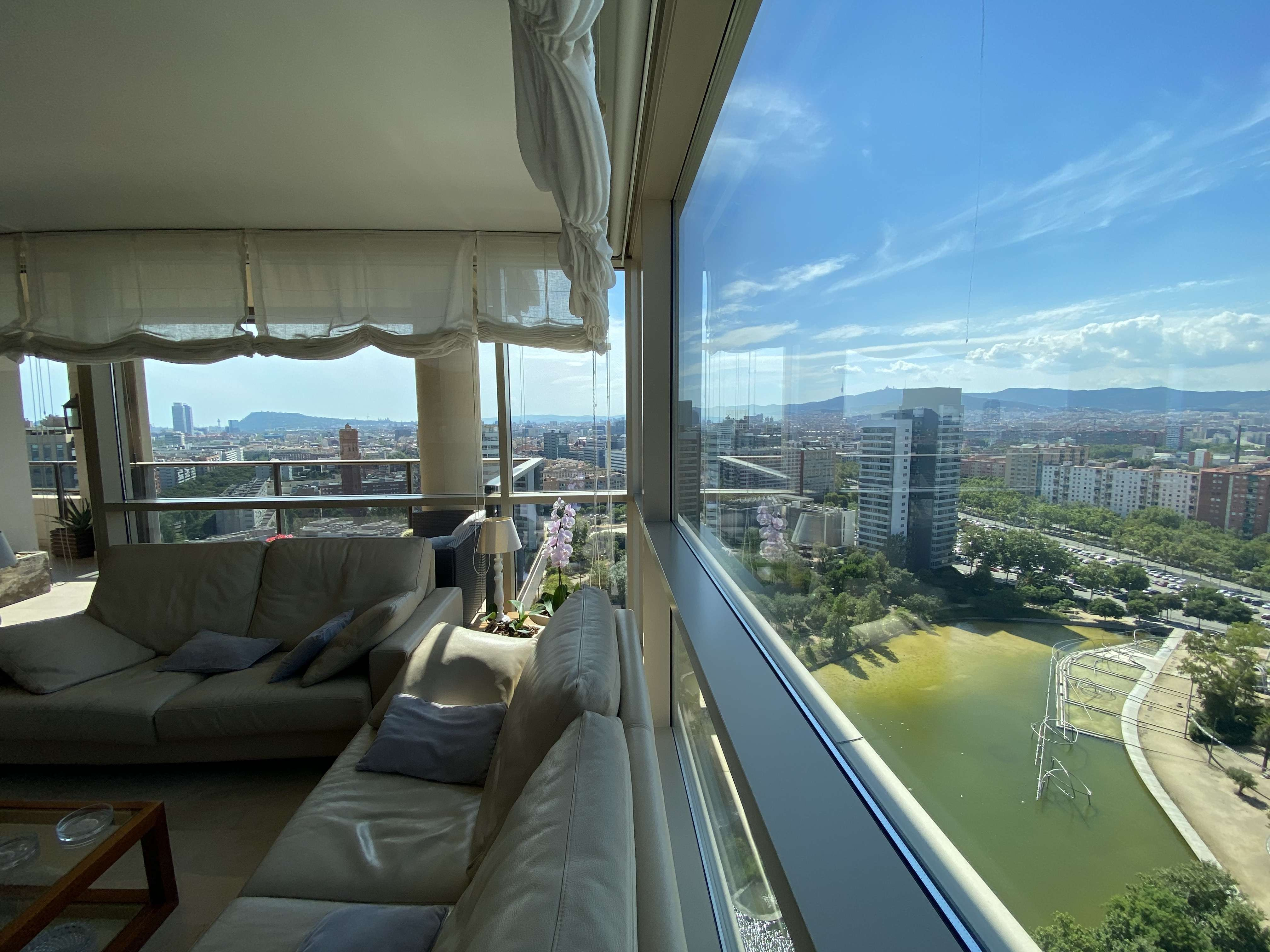 Luxurious apartment in Paseo del Taulat