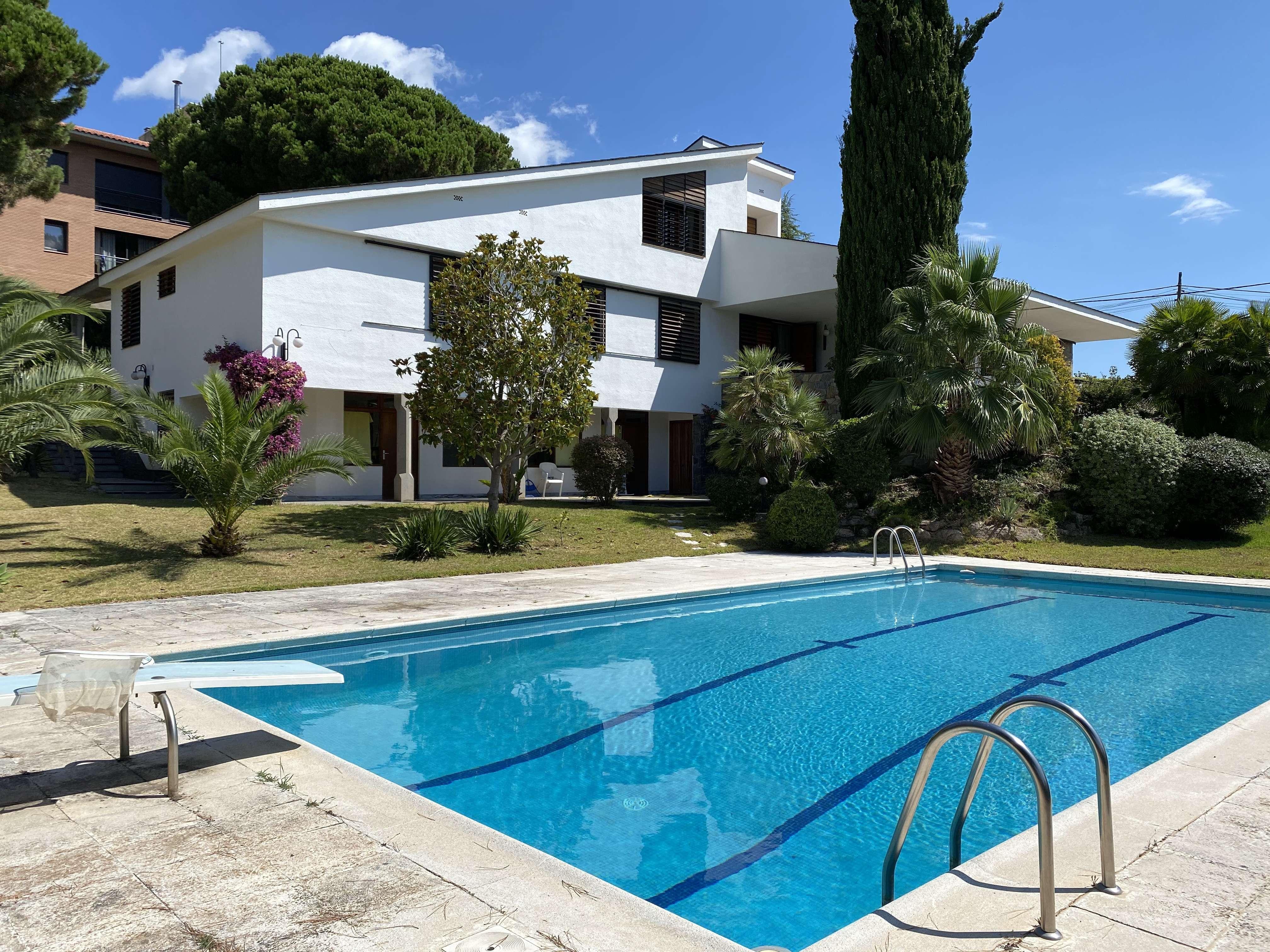 Cosy family house in Badalona