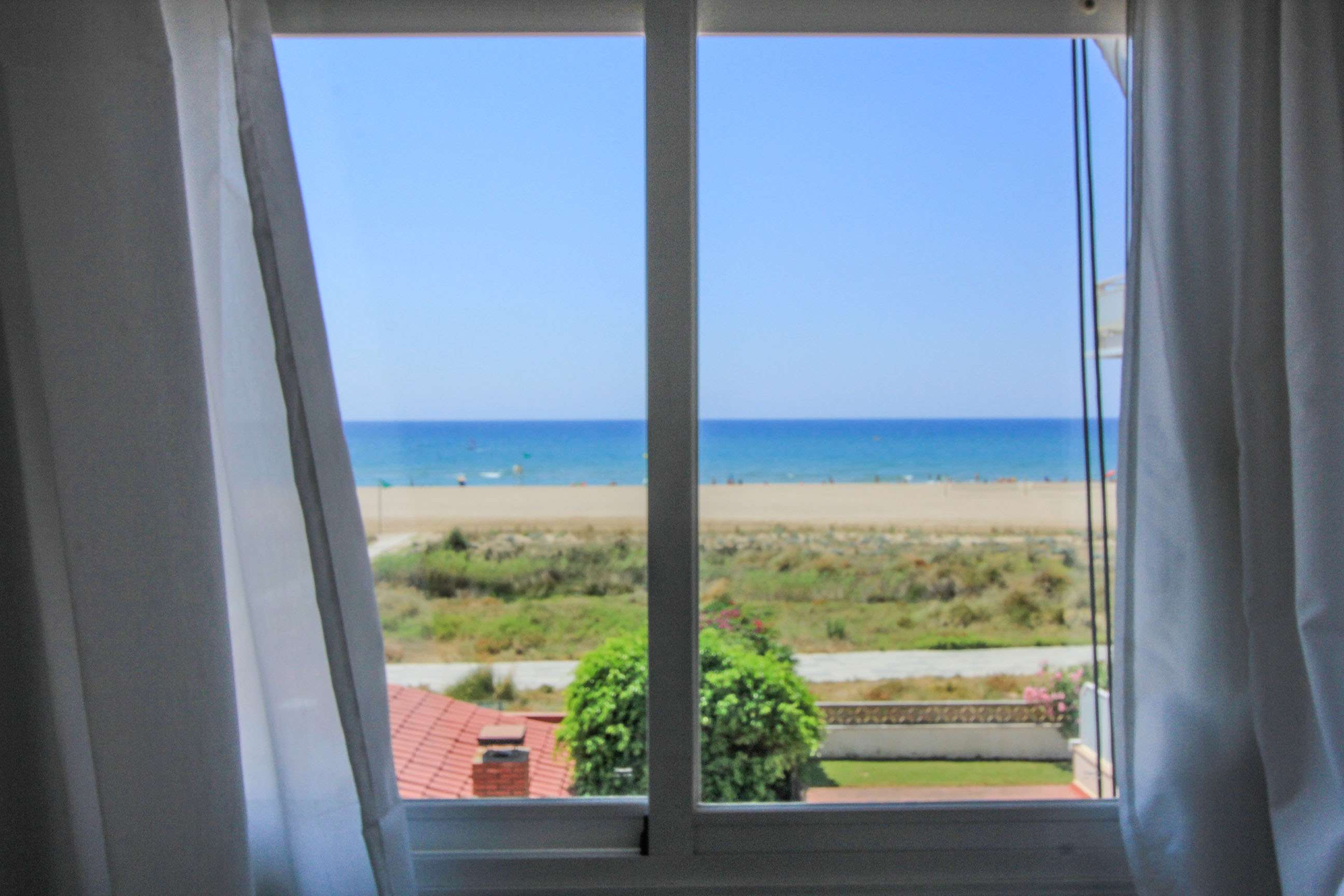 Sea view apartment in Castelldefels