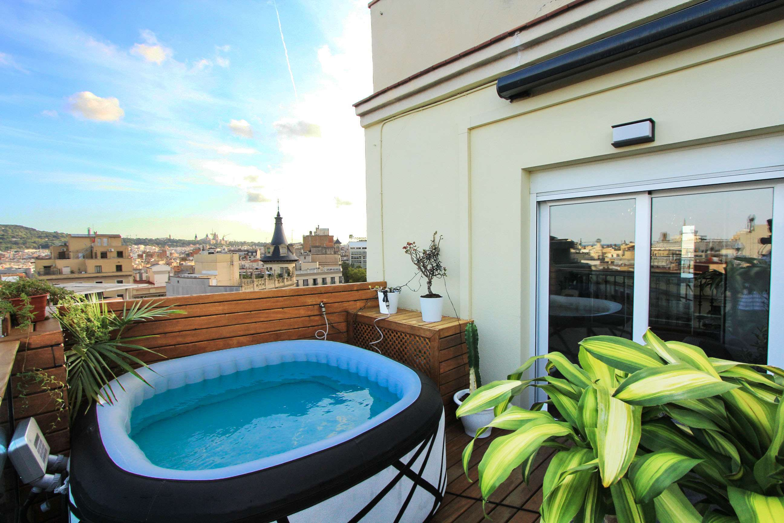 Attic penthouse with views of Plaça Catalunya