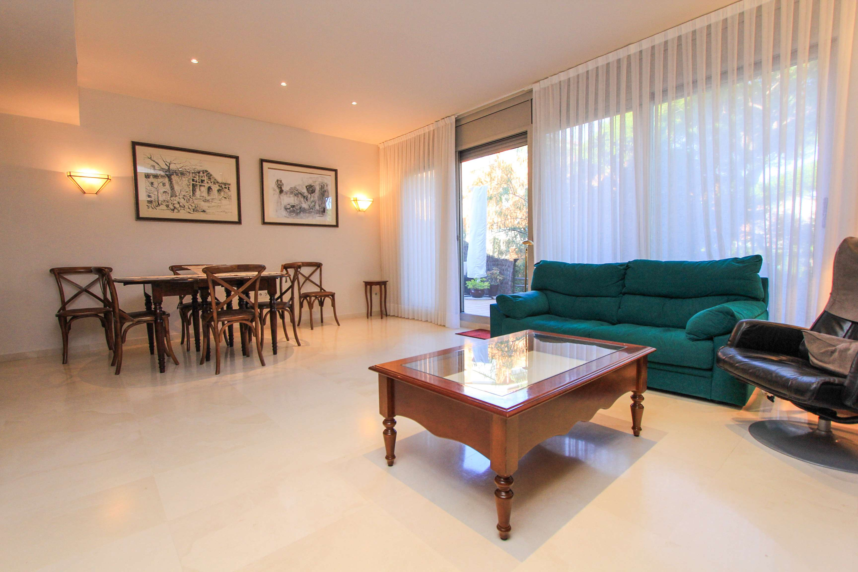 Townhouse with Pool in Gava Mar