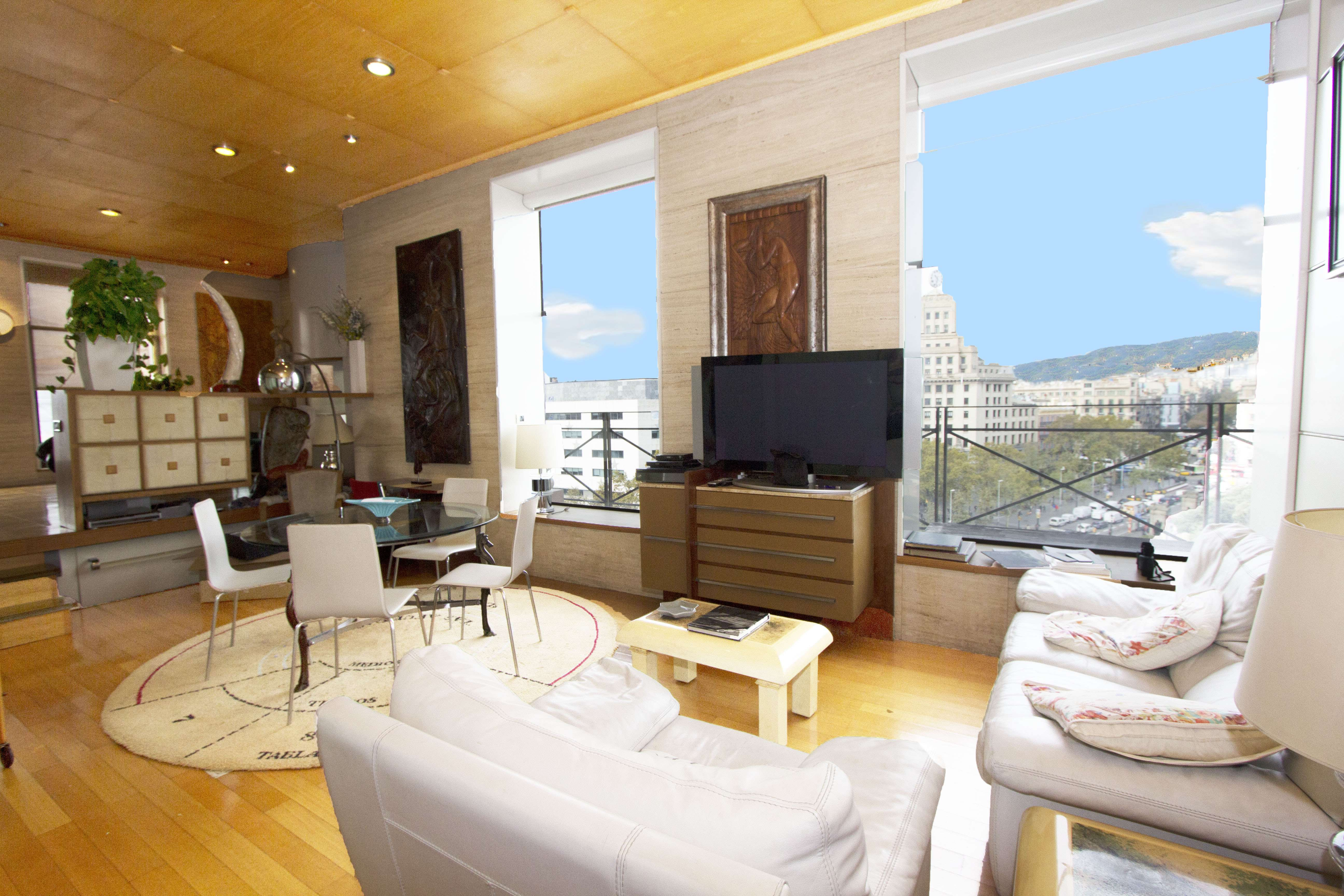 Luxury Apartments on Plaza Catalunya