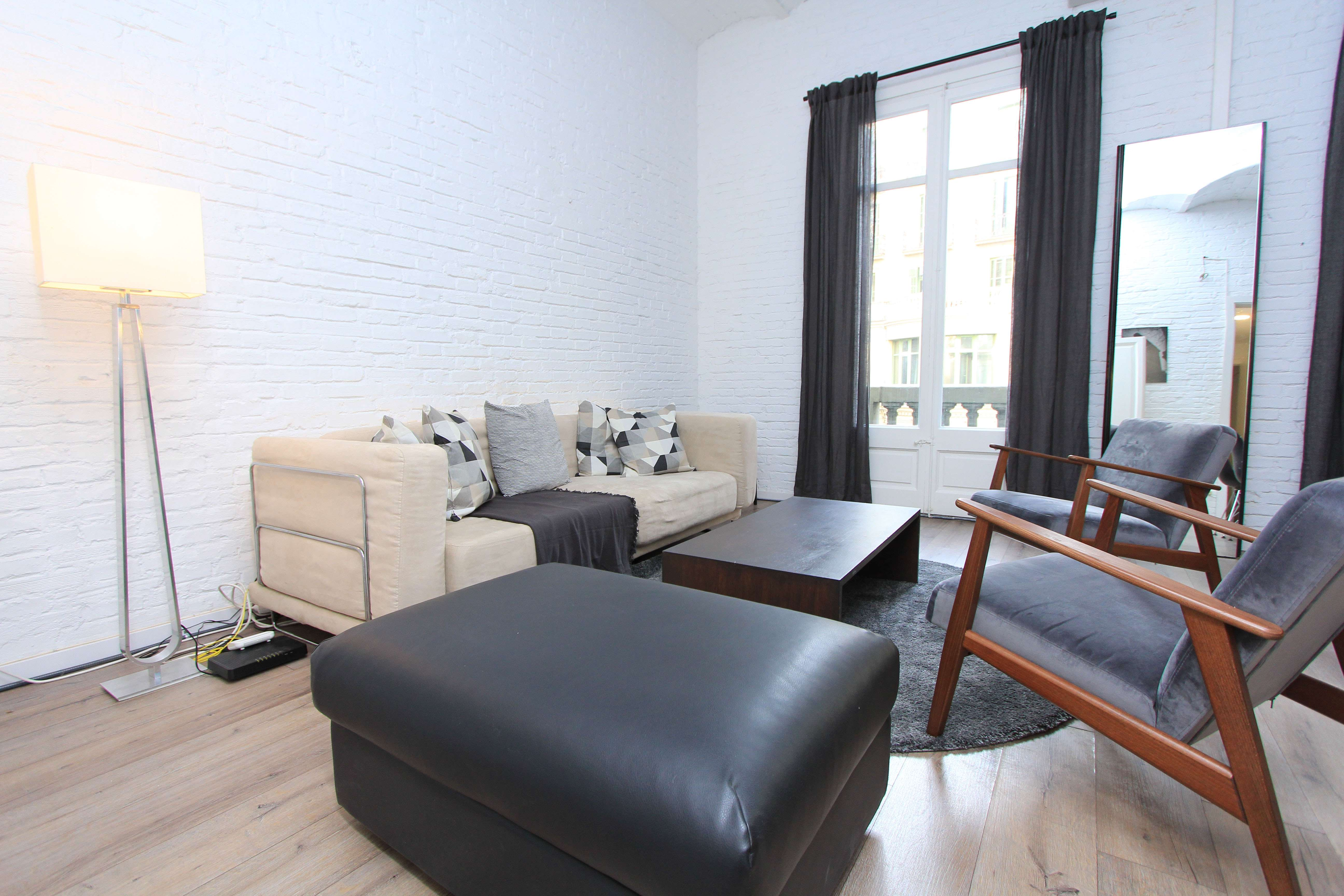 Refurbished Apartment in the Gothic Quarter of Barcelona