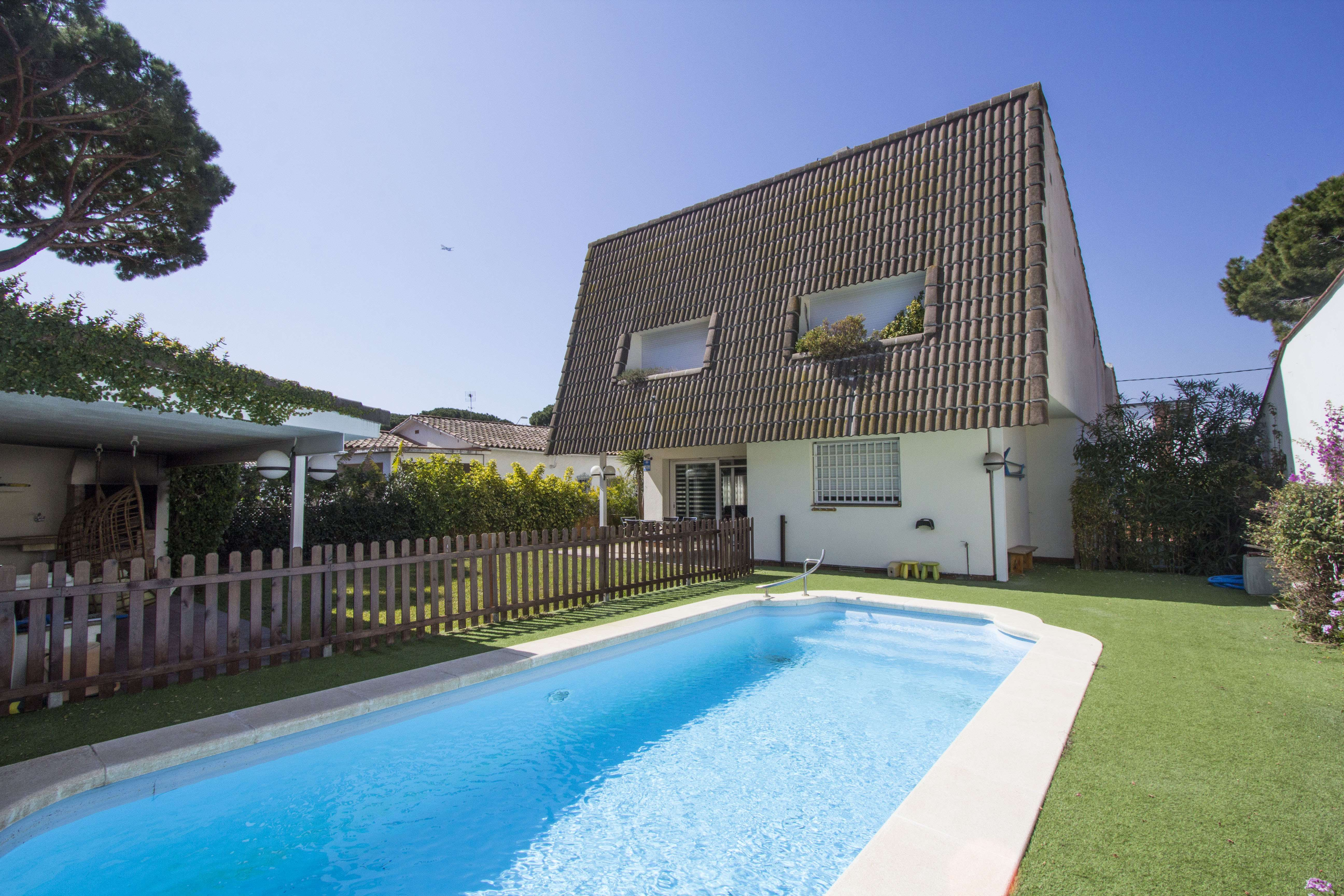 Family house in Castelldefels