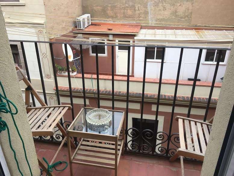 Bright apartment in Barceloneta